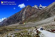 prepairing-car-for-ladakh