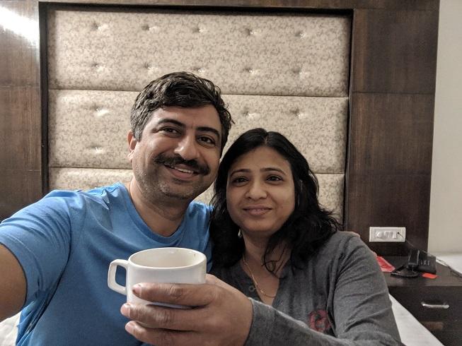 008-At Delhi hotel.jpg