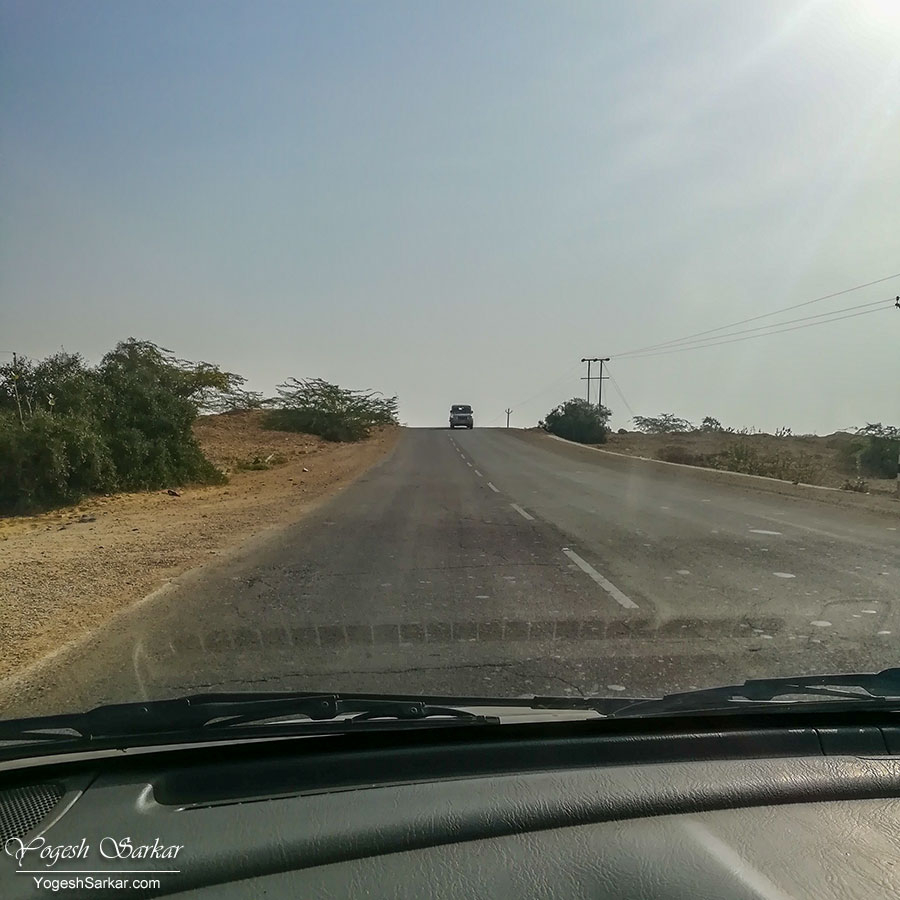 03-road-to-jaisalmer.jpg