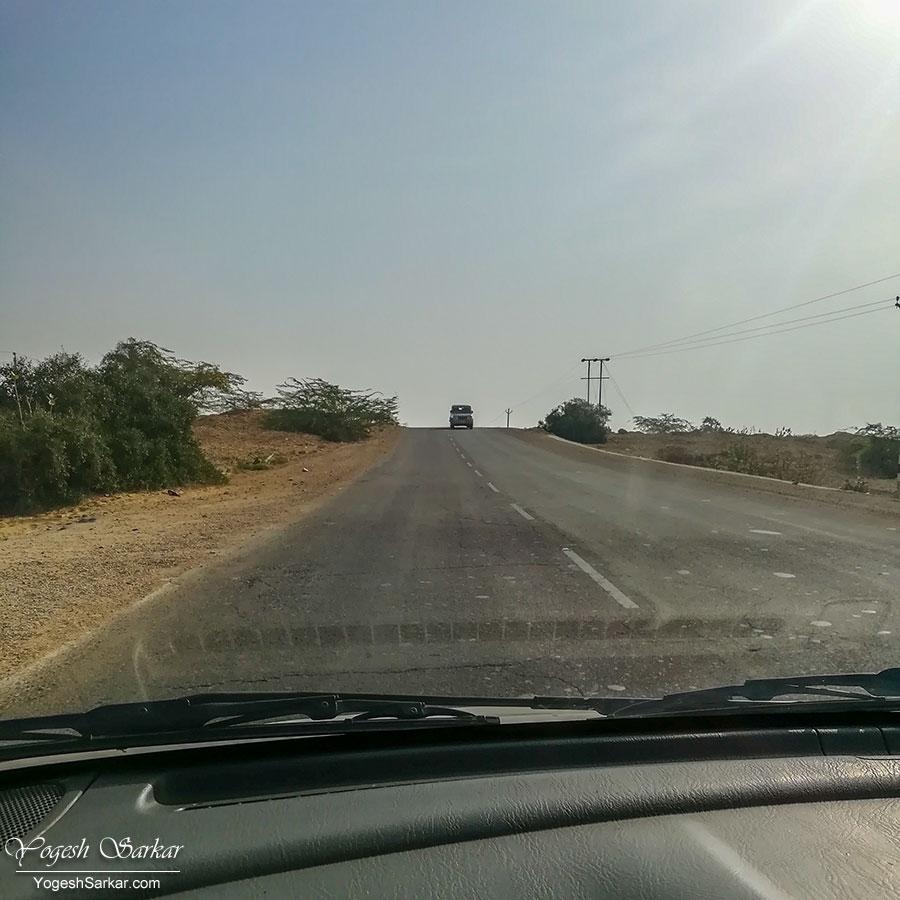 03-road-to-jaisalmer.jpg