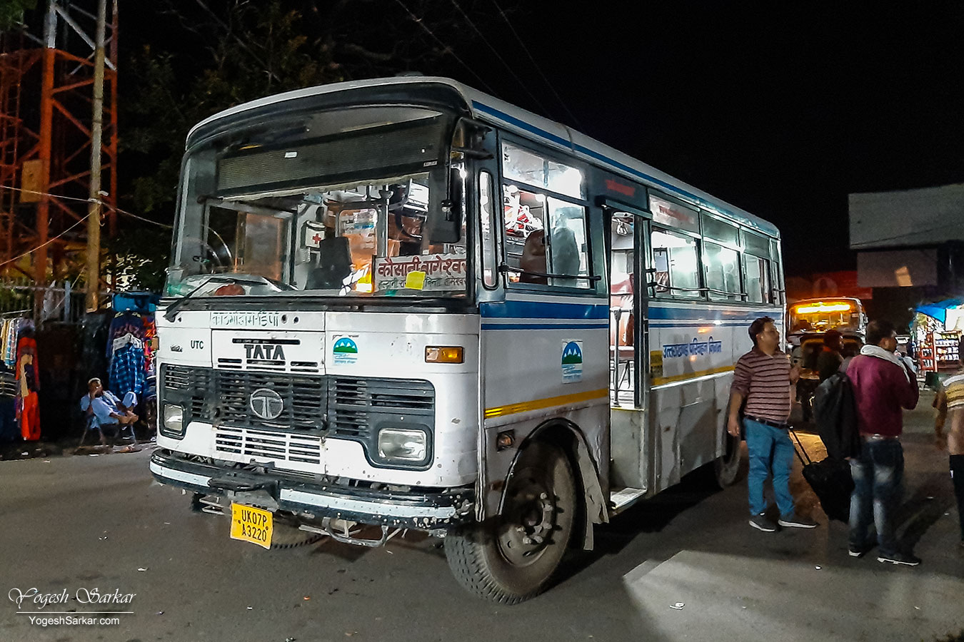 05-bus-to-ranikhet.jpg