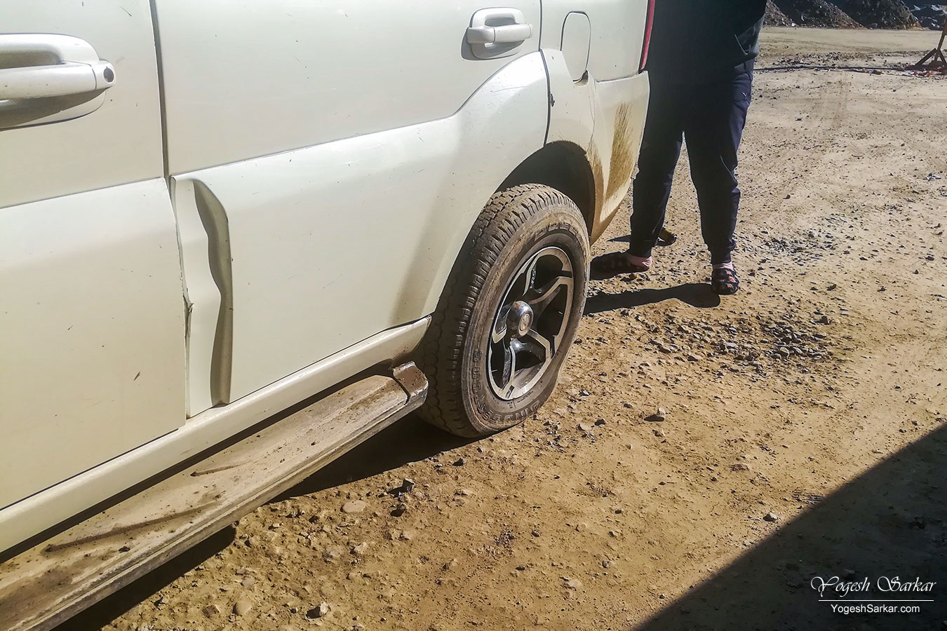 07-flat-tyre.jpg