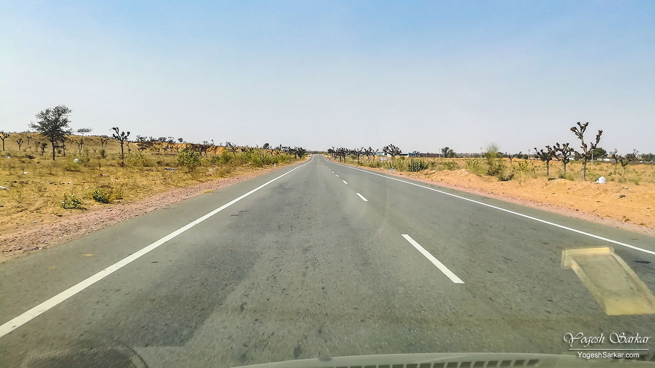 07-road-to-bikaner.jpg