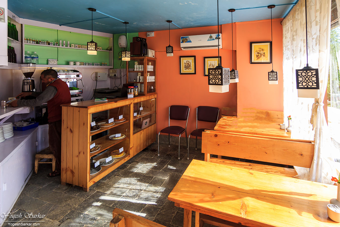 10-naggar-delight-cafe.jpg
