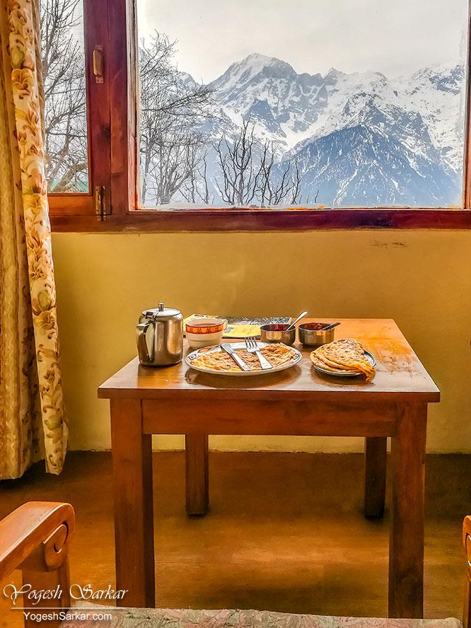 14-breakfast-at-kailash-cottage-kalpa.jpg
