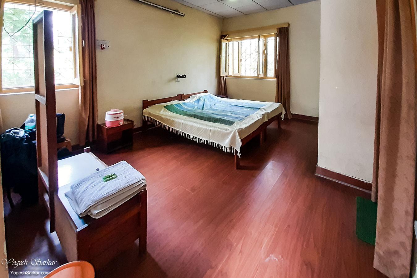 15-kmvn-ranikhet-deluxe-room.jpg