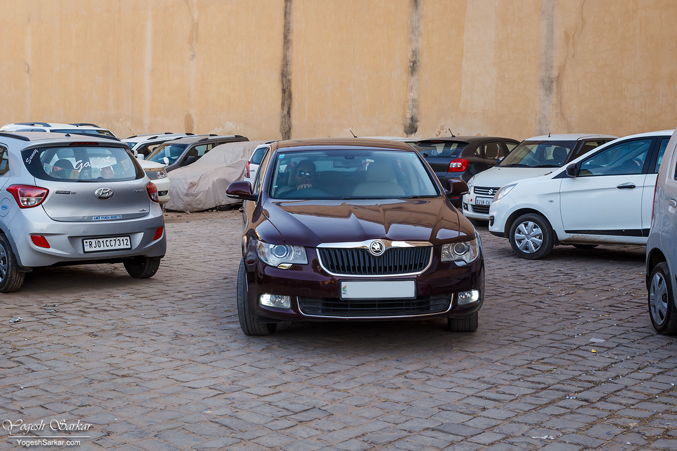17-brunello-fort-parking.jpg