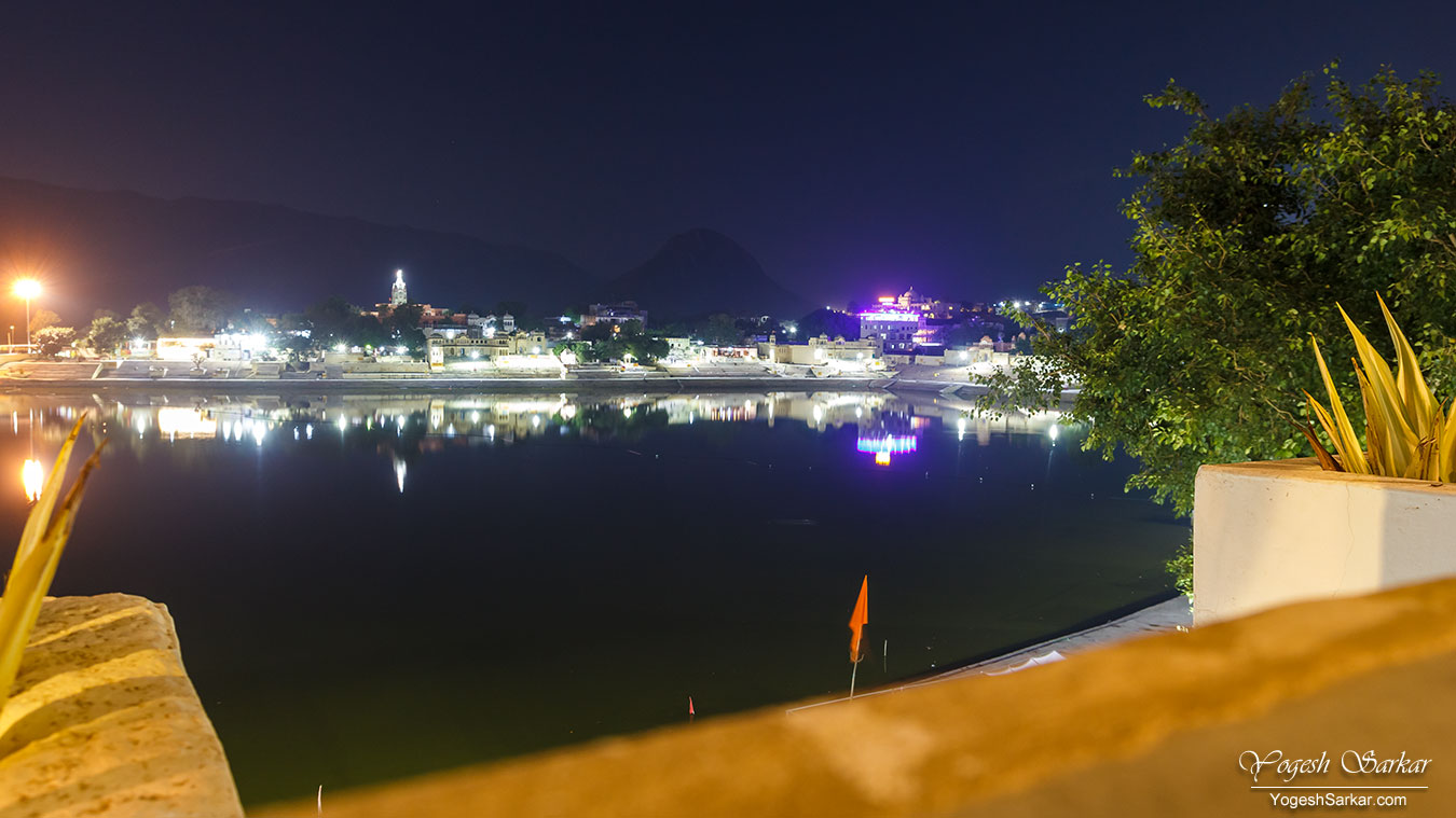 20-pushkar-at-night.jpg