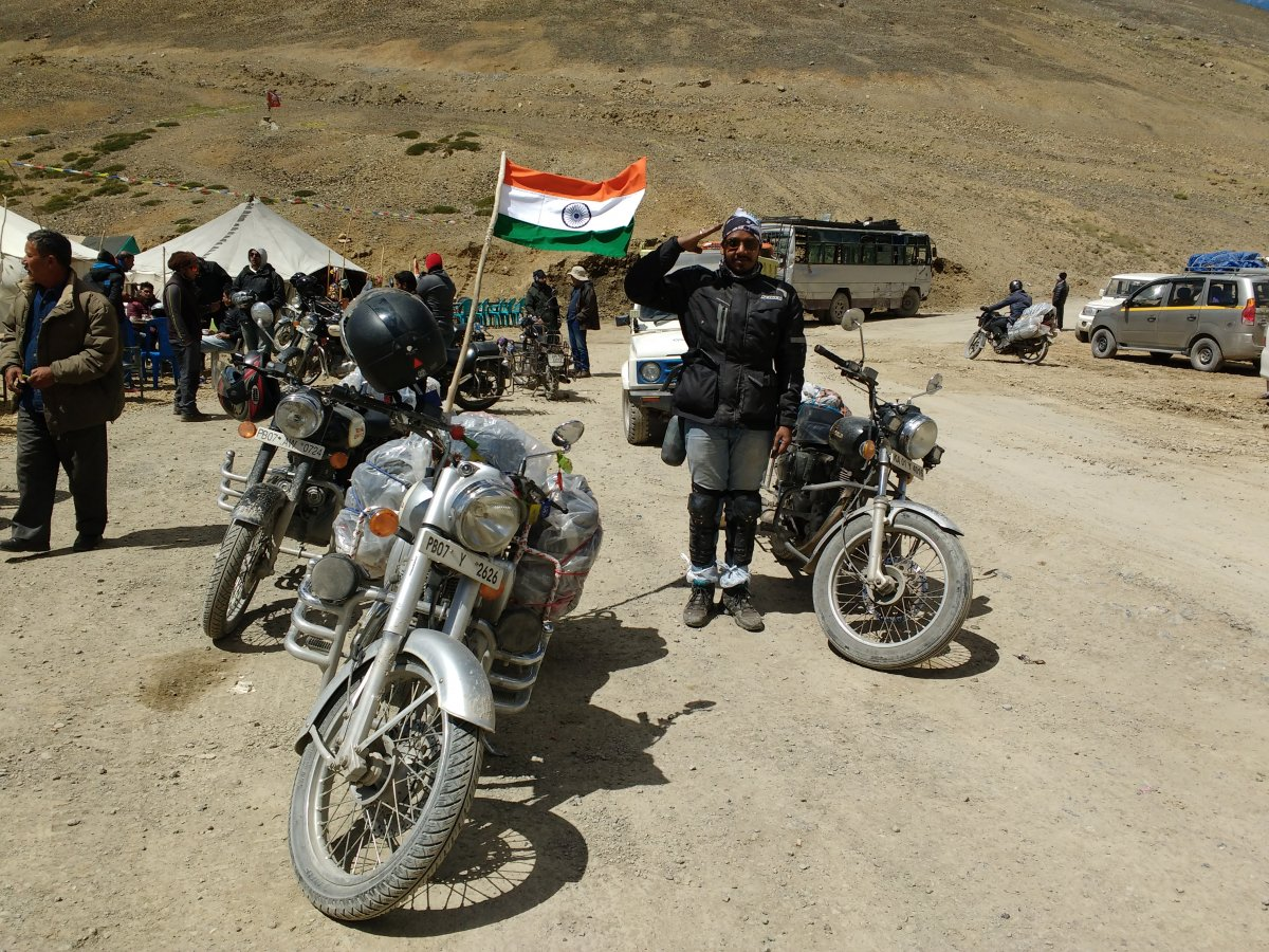 3.4.2 Nakeela Descend Flag.jpg