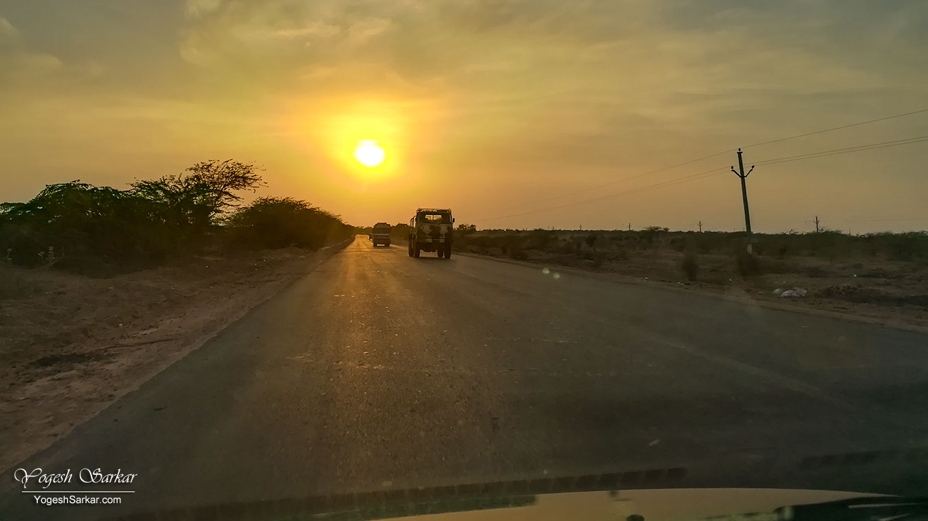 40-road-to-jaisalmer.jpg