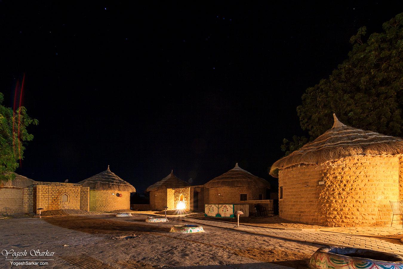 50-rtdc-moomal-huts.jpg