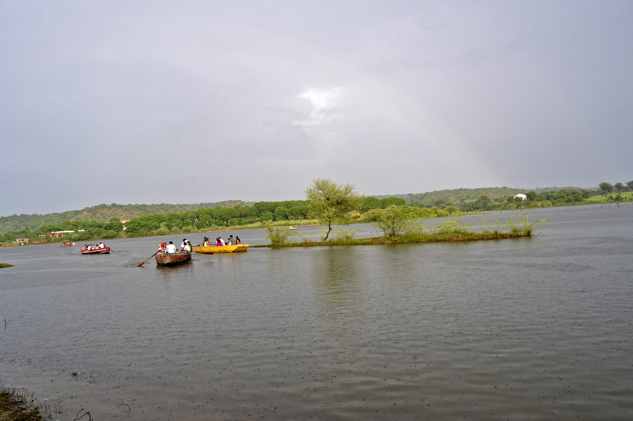 Damdama Lake Photolog : Independence Day Ride with Family | India ...