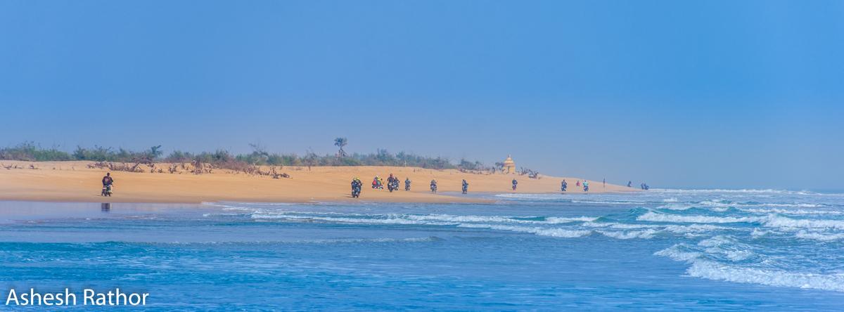 beach ride (6 of 15).jpg