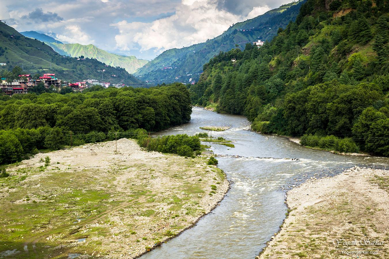 beautiful-pabbar-river.jpg