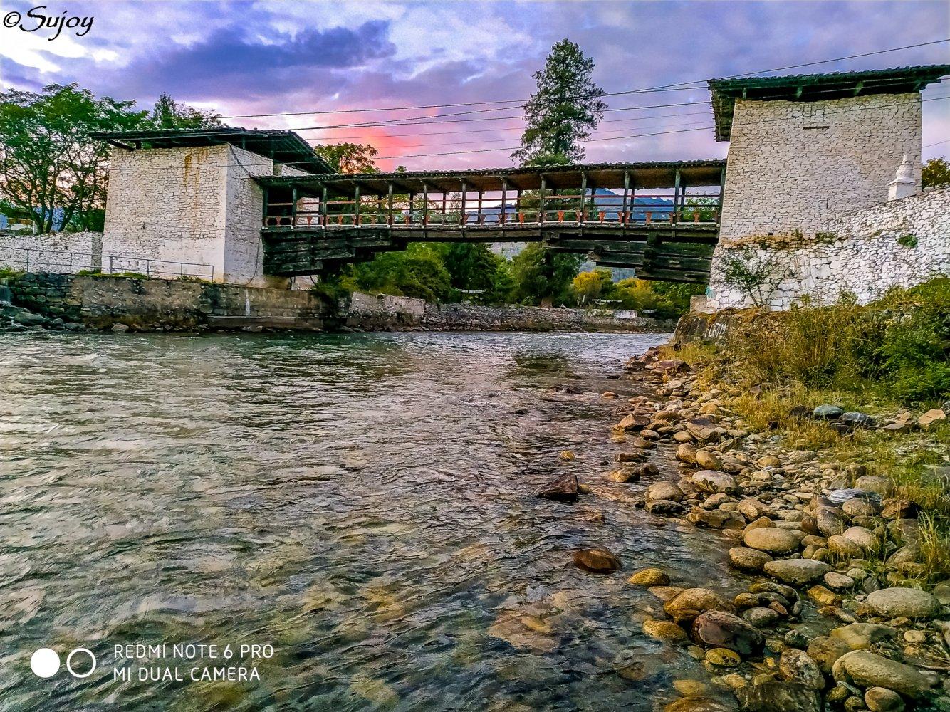 Bridge at Paro Dzong.jpg