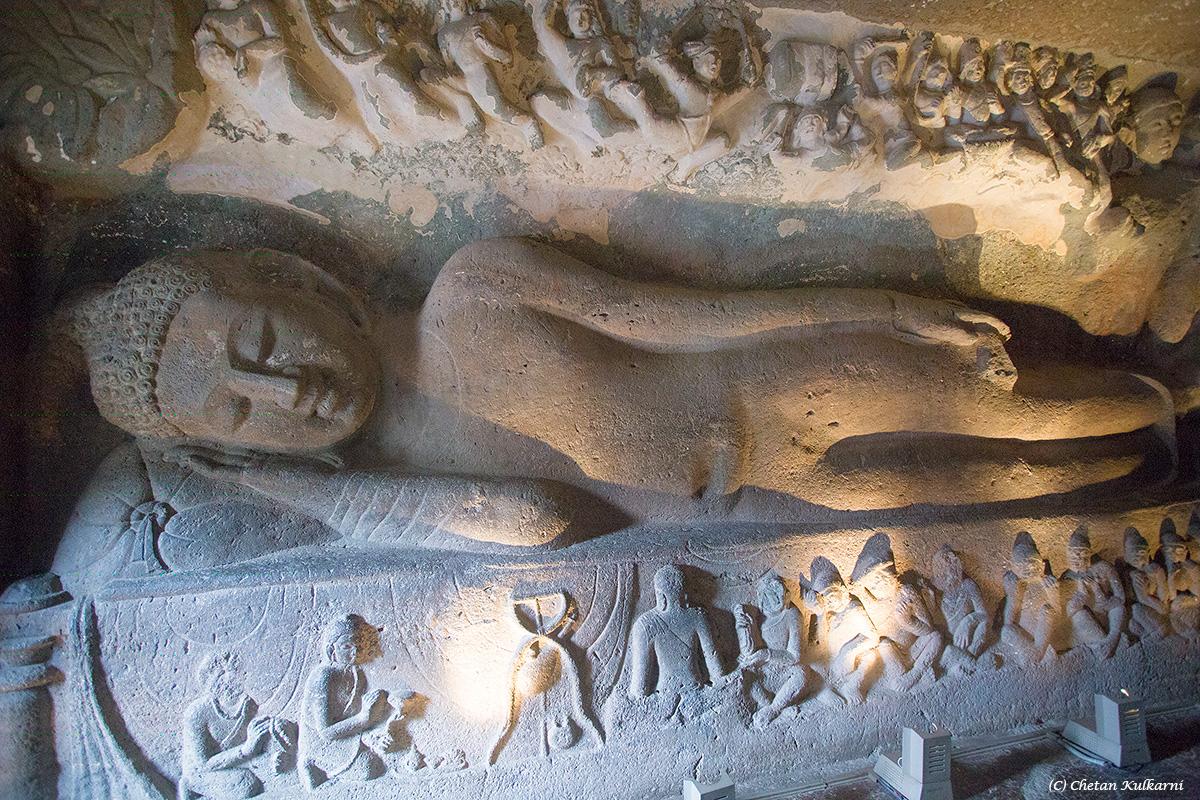 Cave26MahaparinirvanaBuddha.jpg