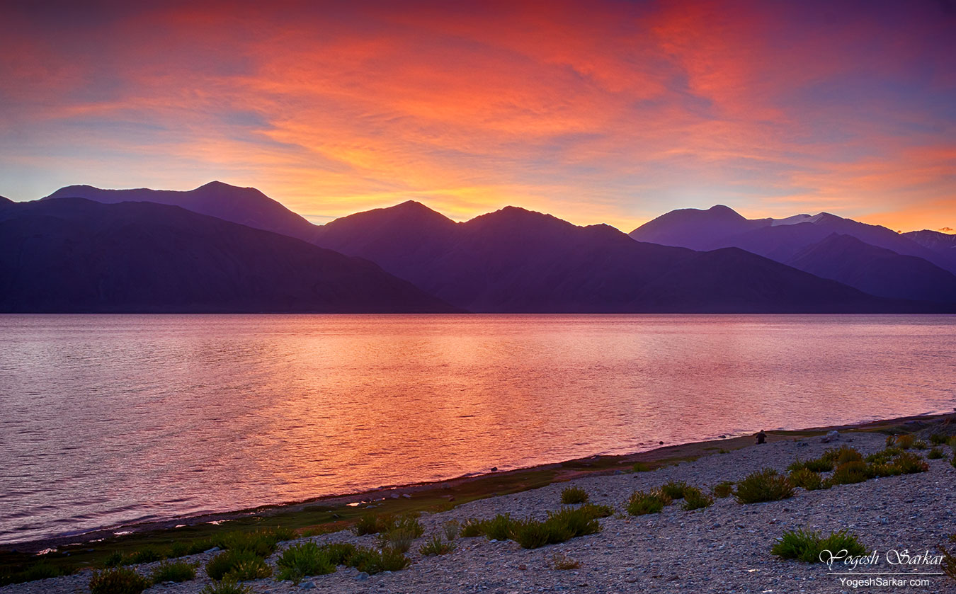 dawn-at-pangong.jpg