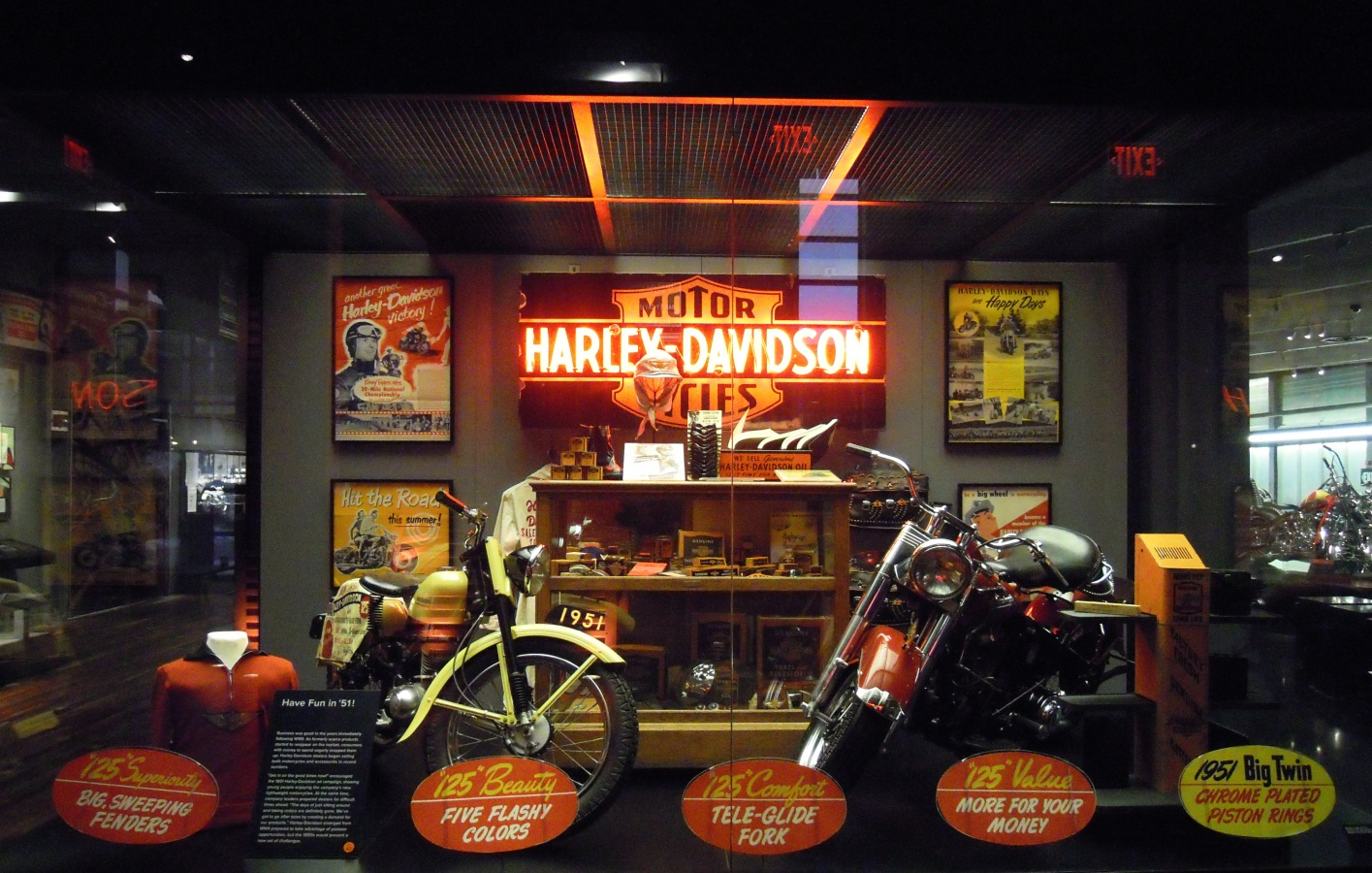 Harley davidson museum factory milwaukee wi usa india for Motor harley davidson museum