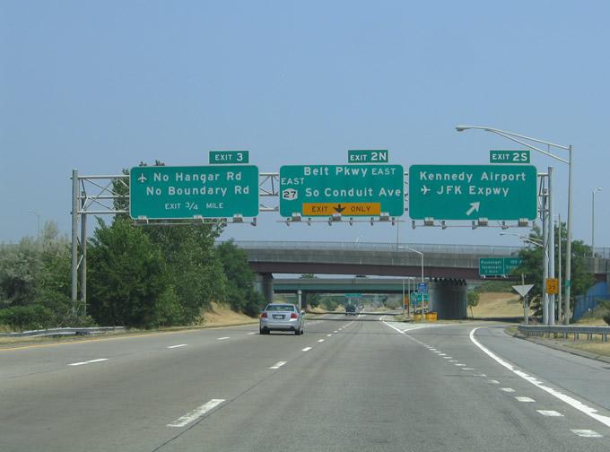 Exit expressway.jpg