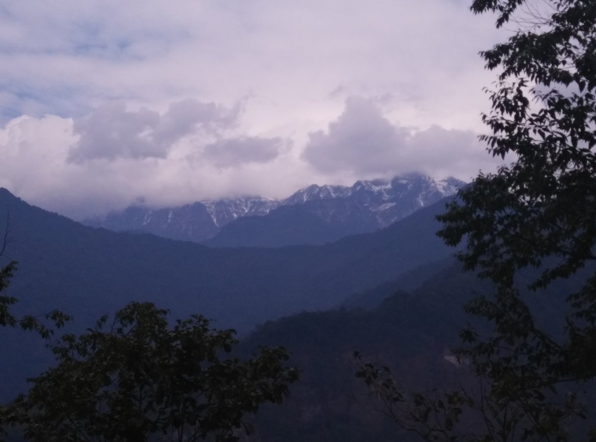 First peep of snow clad mountains.jpg