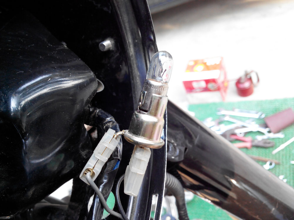 Install Auxiliary Lights On Motorcycle  With Wiring