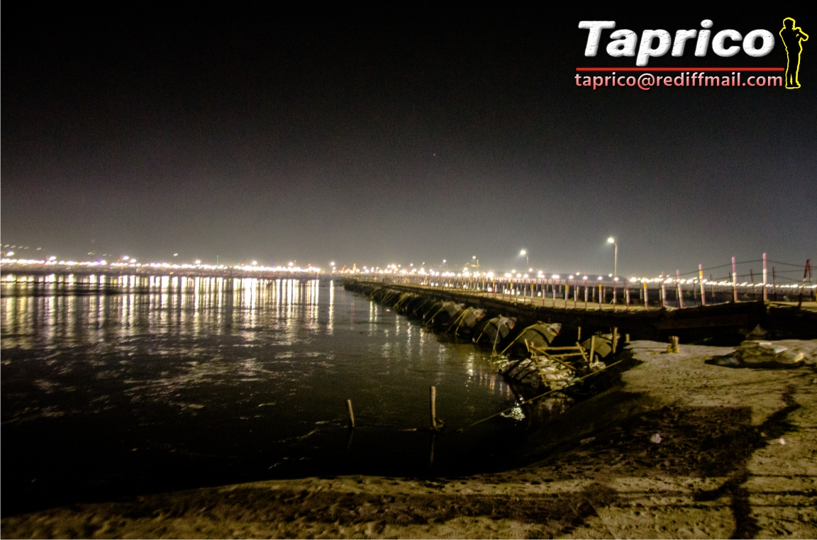kumbh at night 68.jpg