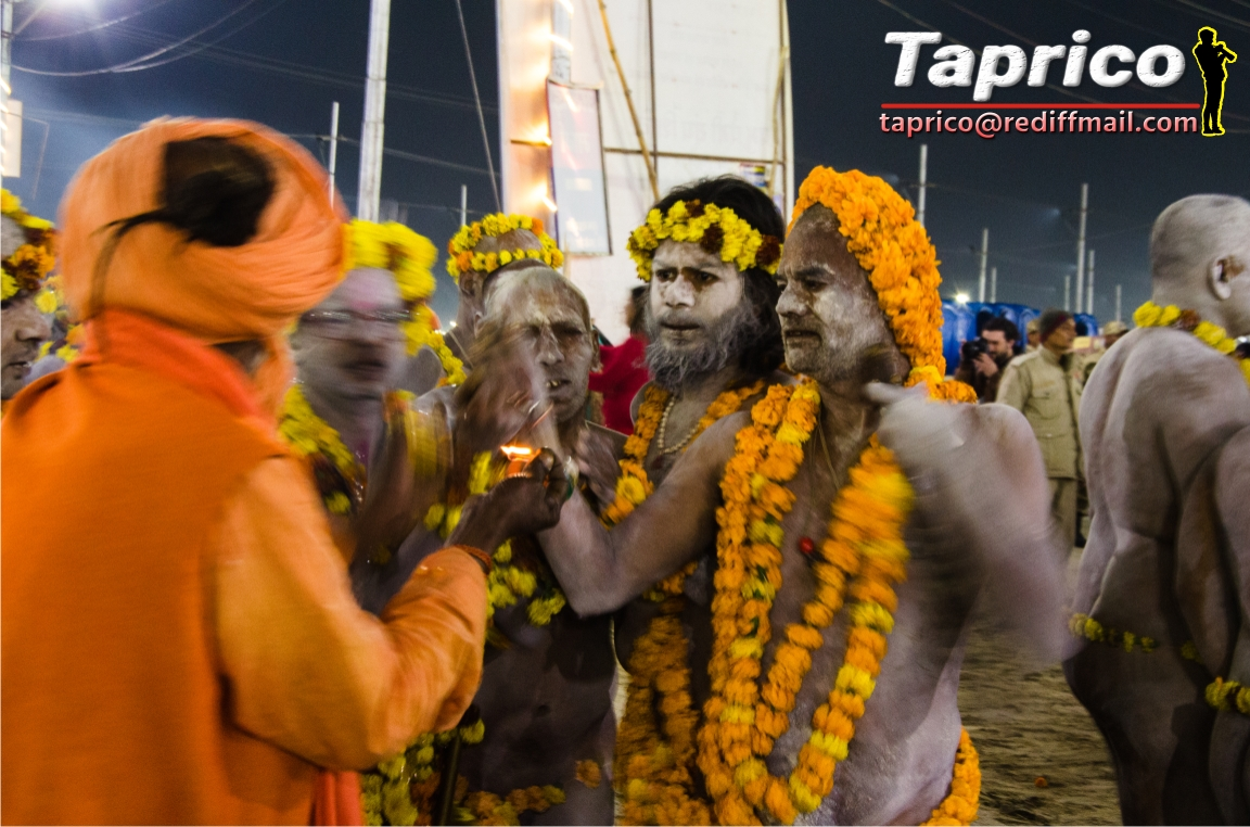 kumbh at night 77.jpg
