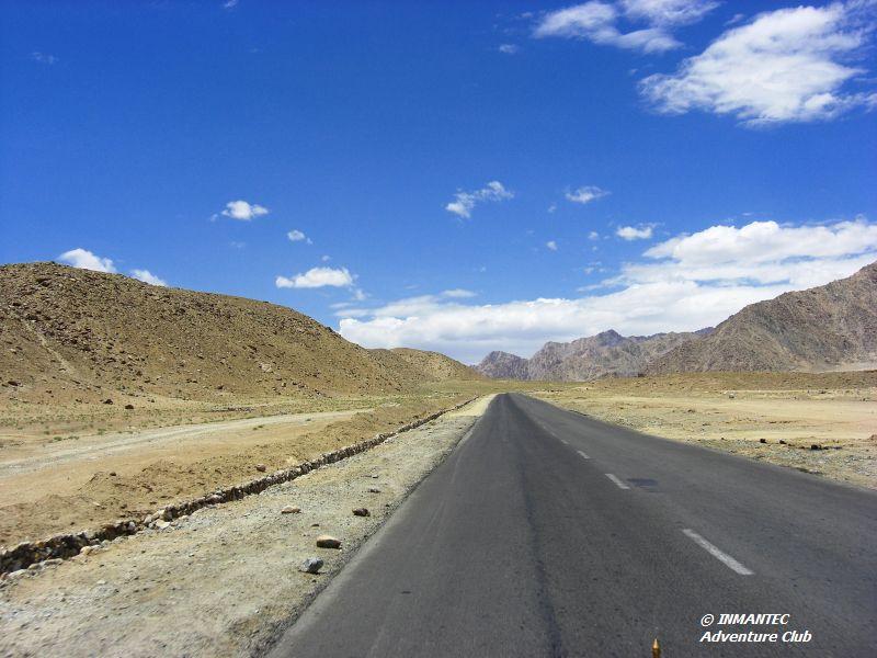 Leh-Nimmu-Road.JPG