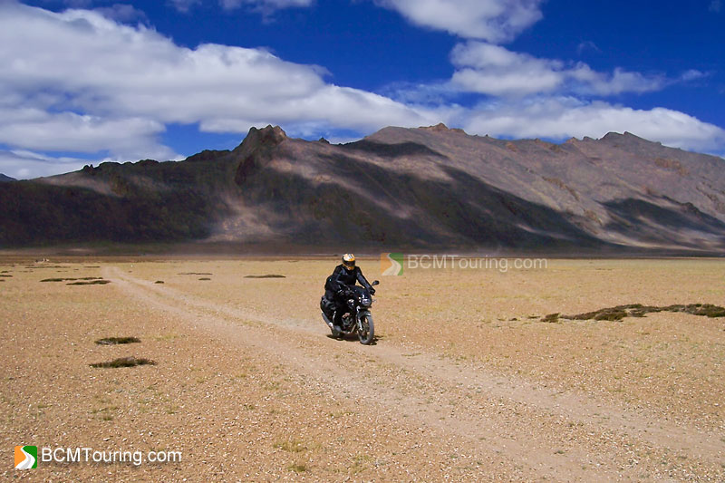 motorcycle-ride-to-ladakh.jpg