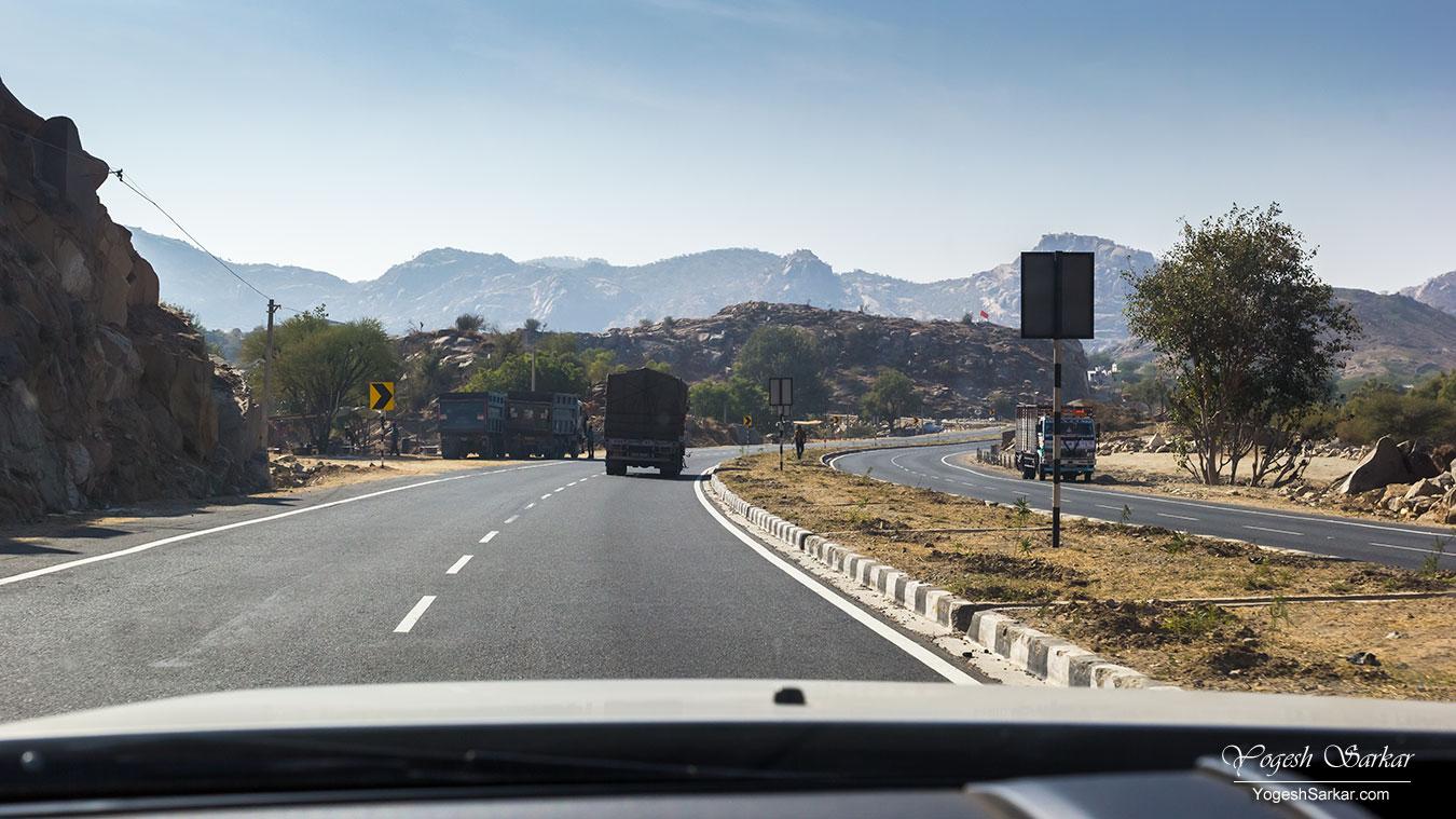 on-the-road-to-jodhpur.jpg