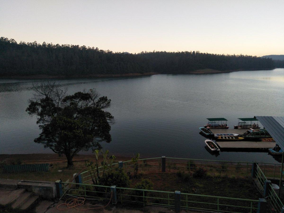 Pykara lake.jpg