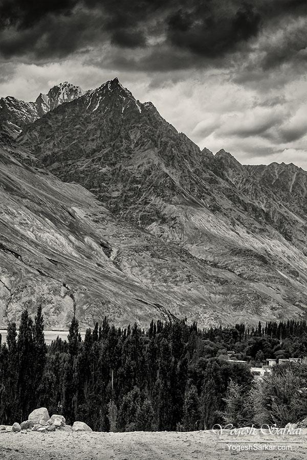 rugged-mountains-of-ladakh.jpg
