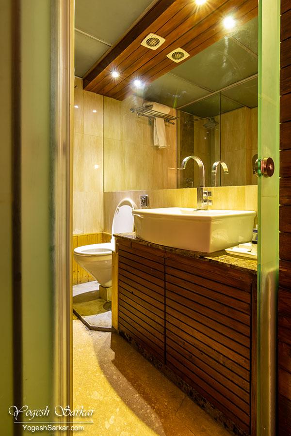 sarovar-portico-toilet.jpg