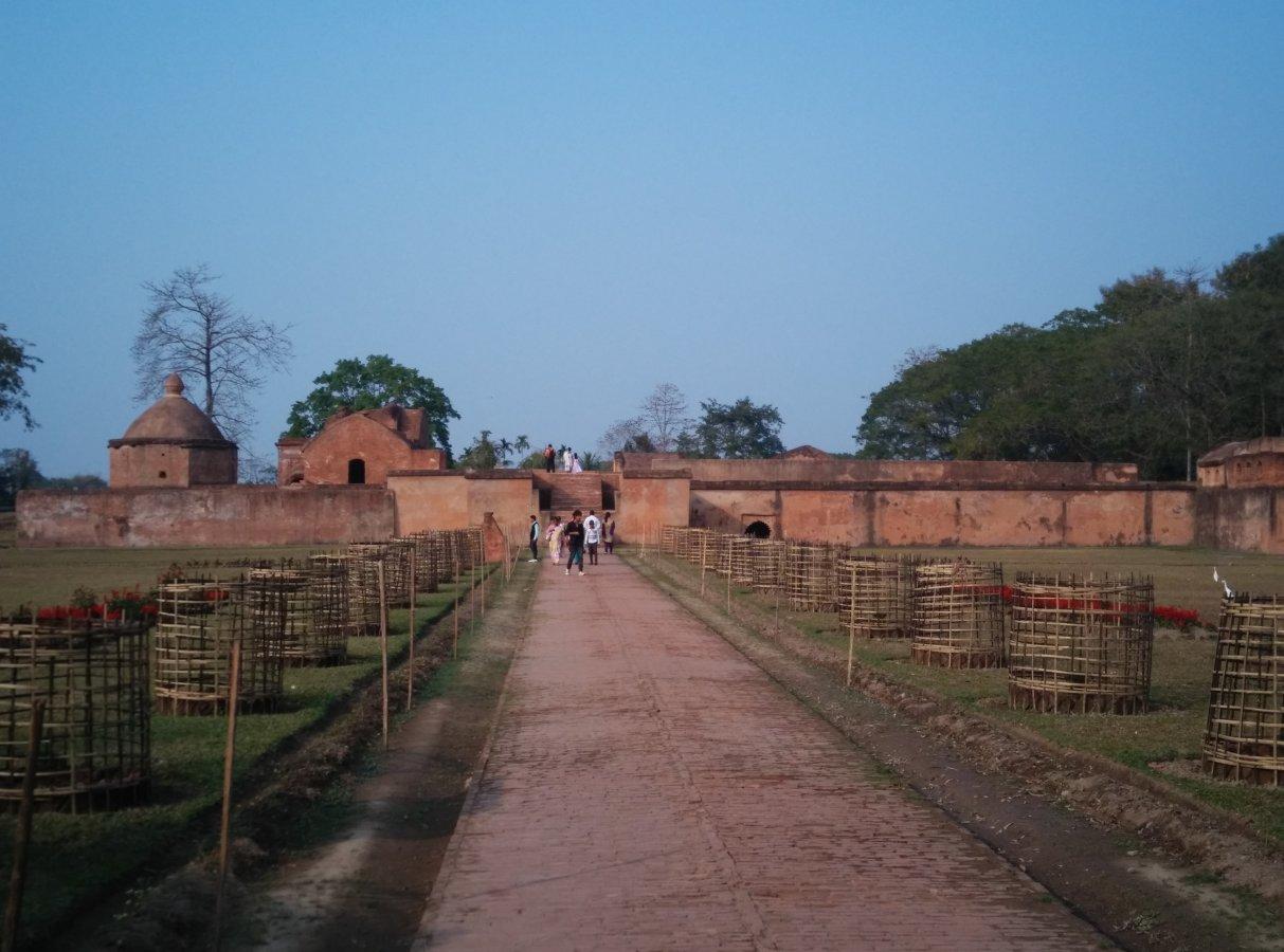 Talathalghar 1.jpg