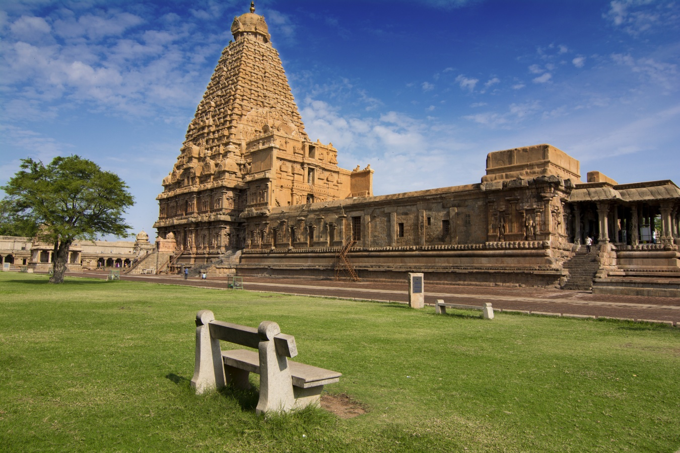 chola dynasty art and architecture pdf