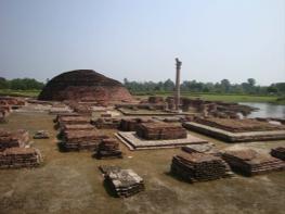 Vaishali Stupa.png