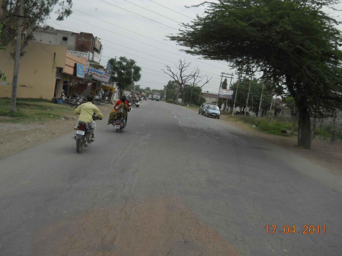 Views-on-Panjokra-Sahib-Road.jpg