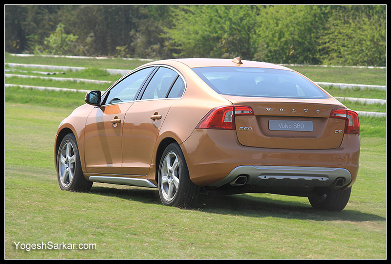 volvo-s60-rear-side-profile.jpg
