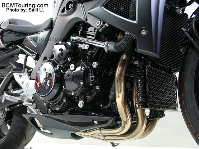 Suzuki B-King 2008 engine